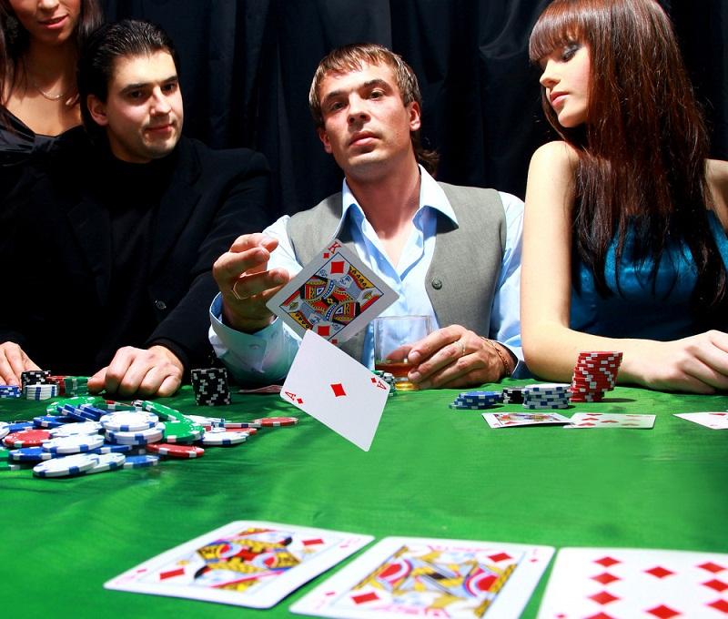 Poker Forumları Poker Oyununuzu Nasıl Geliştirebilir?